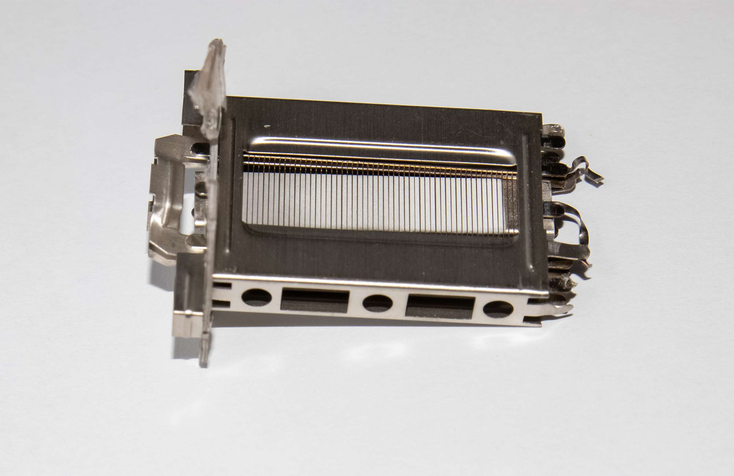 Внутреннее устройство радиолампы 6П36С