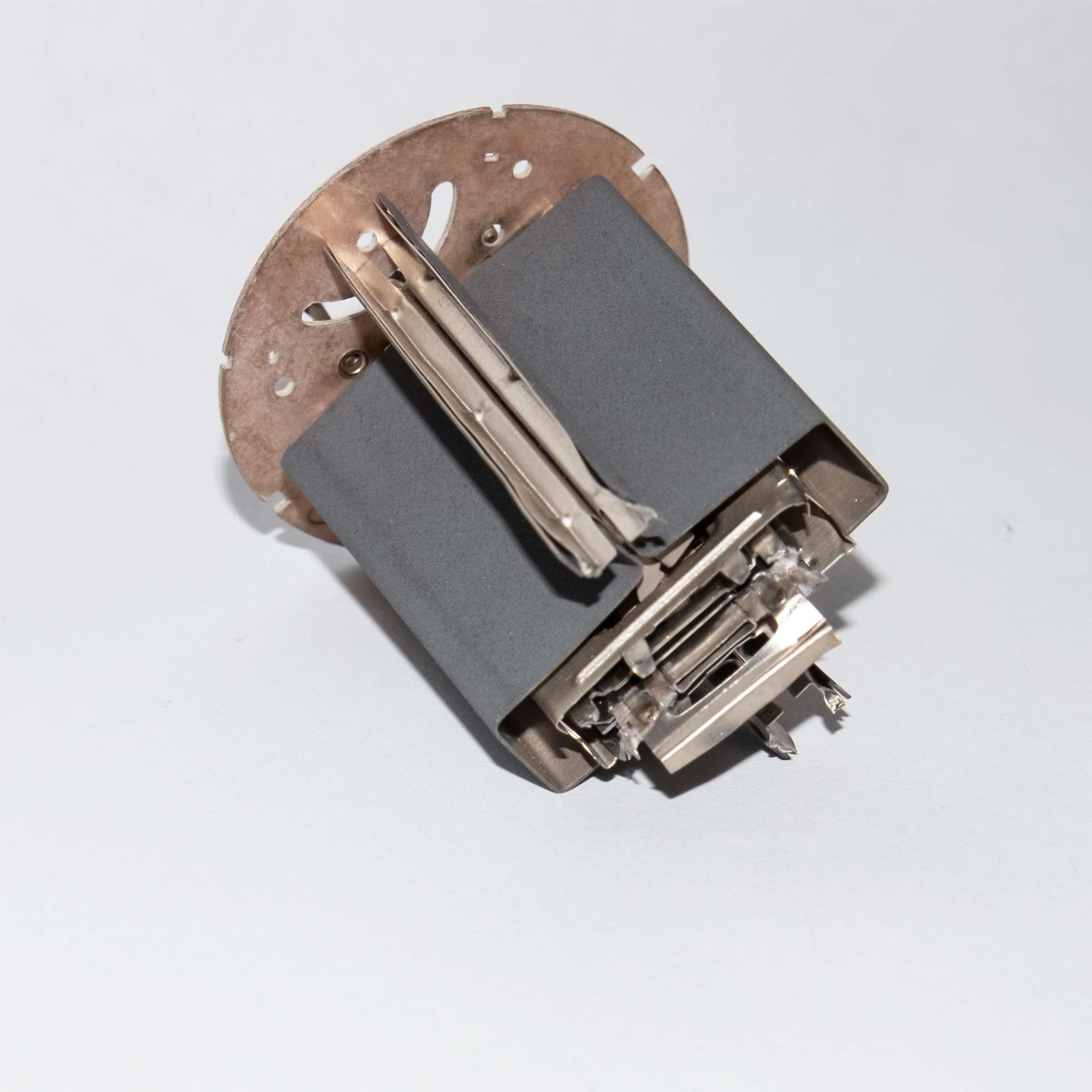Внутреннее устройство радиолампы 6П42С