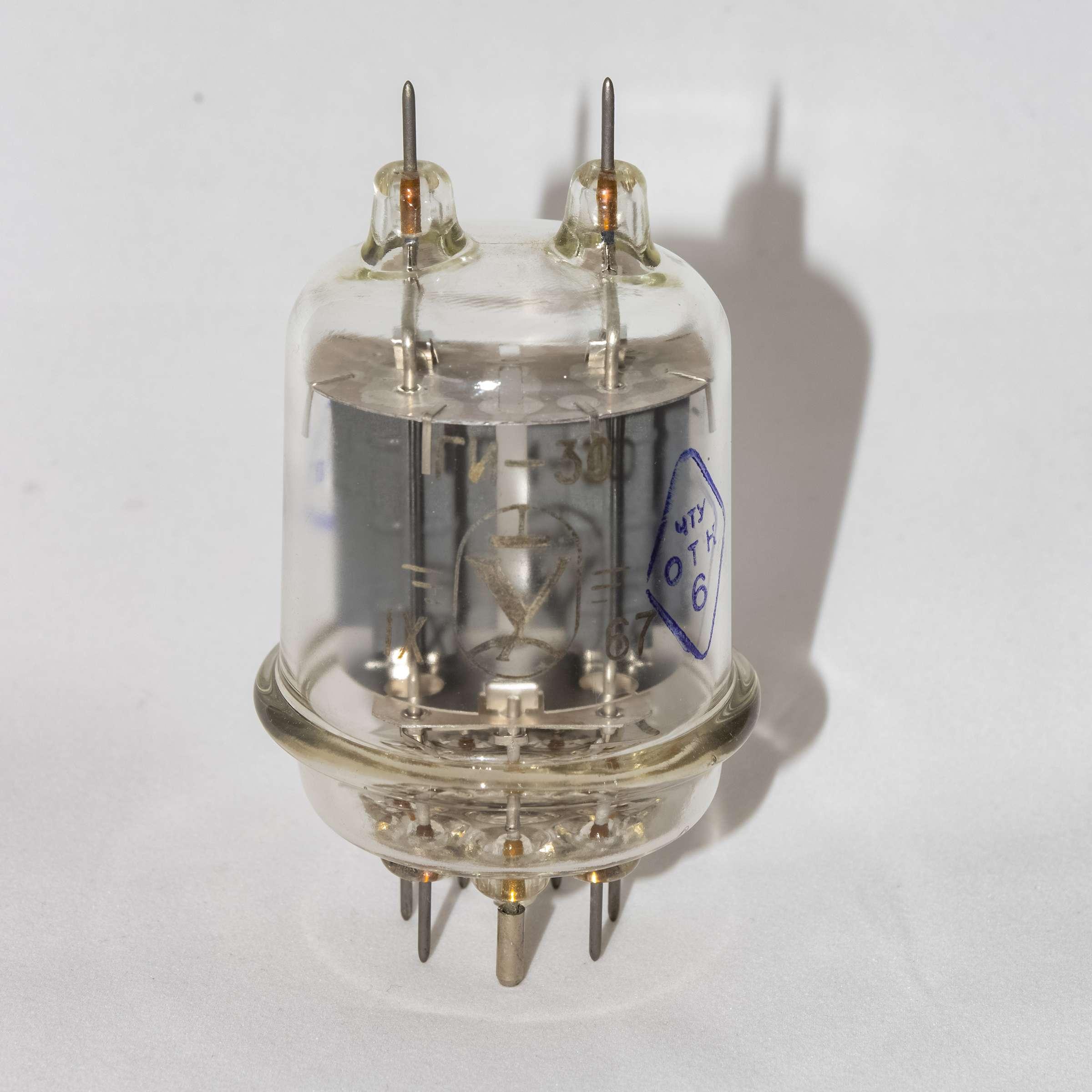 Внешний вид радиолампы ГИ-30