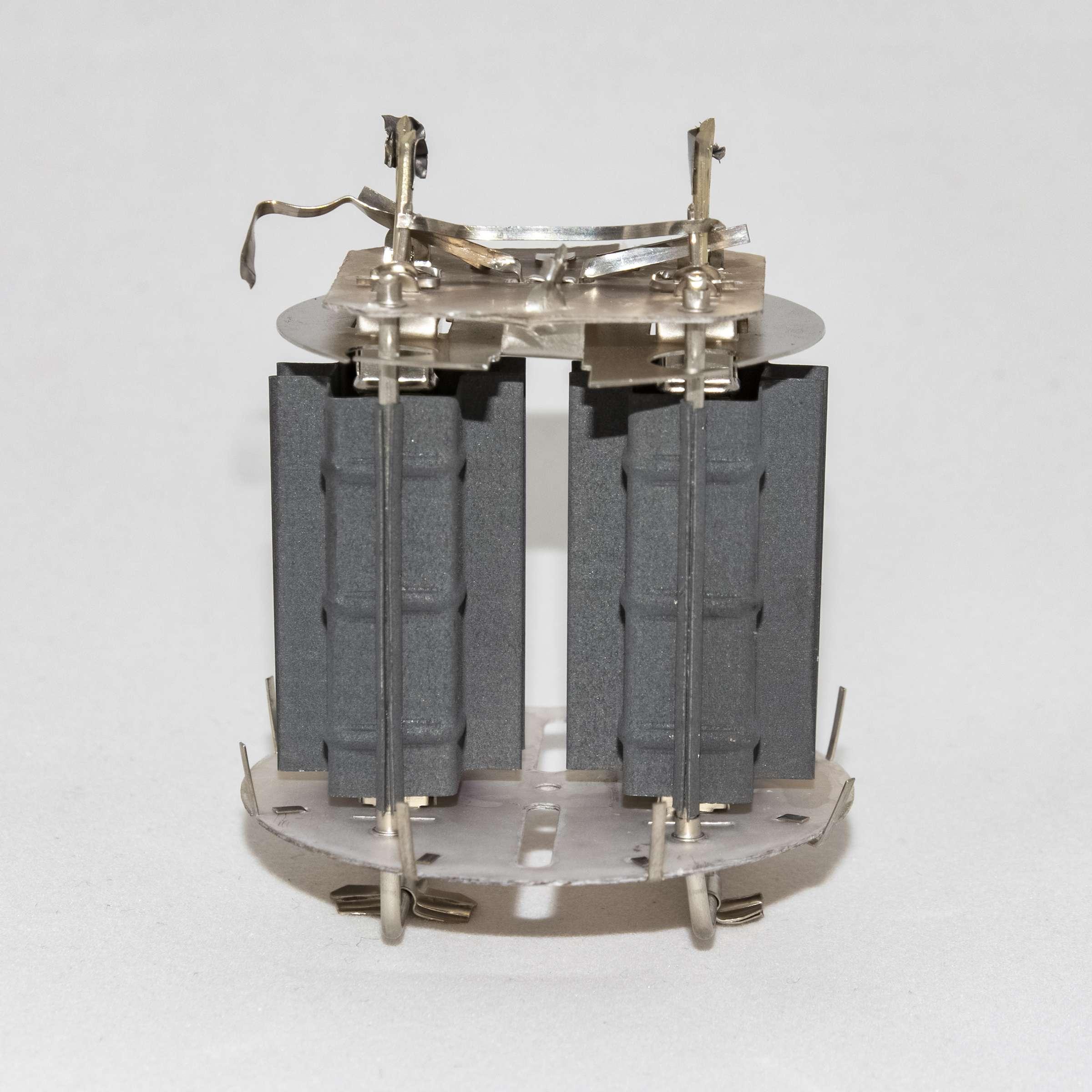 Внутреннее устройство радиолампы ГИ-30