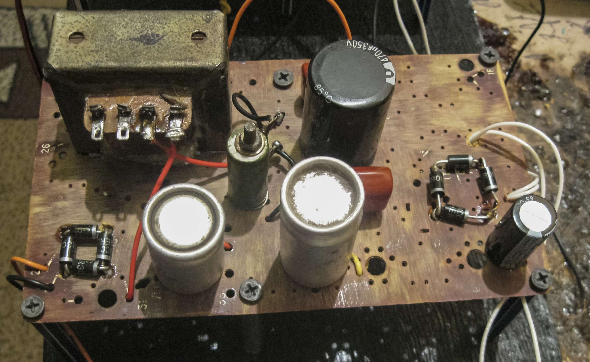 Усилитель на 6Н8С + 6П6С при проведении испытаний