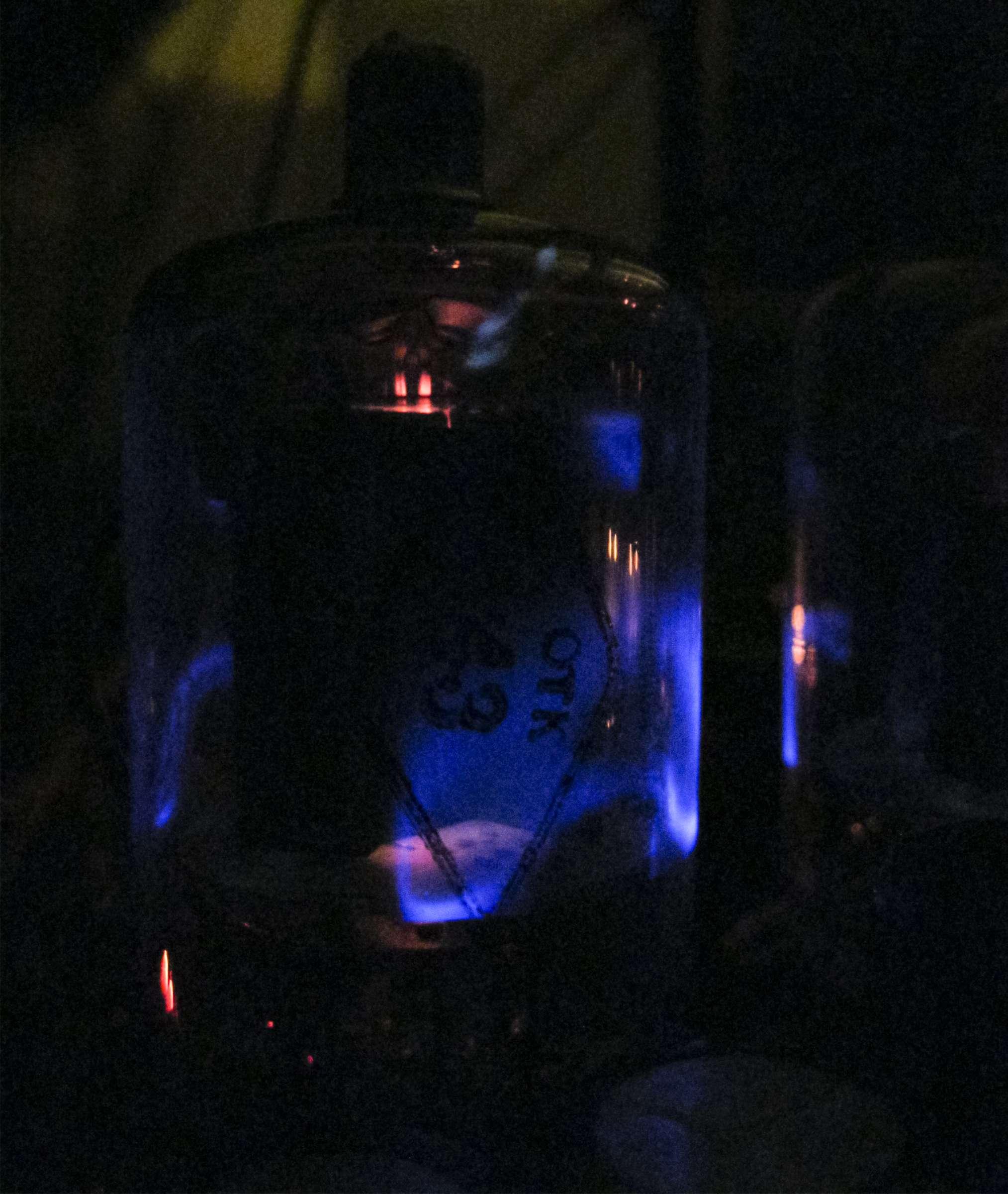 Свечение радиоламп 6П21С при проведении испытаний