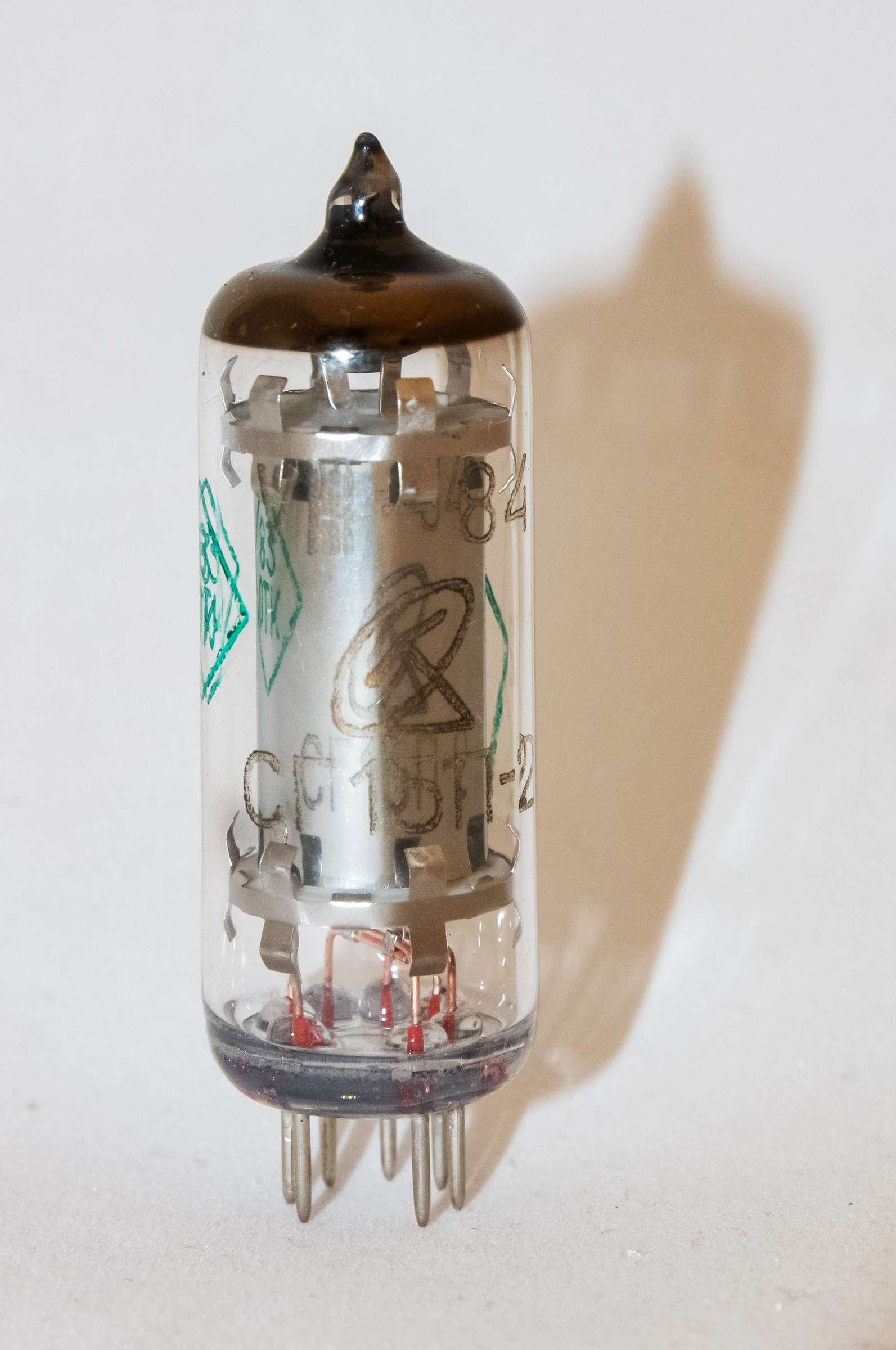 Внешний вид радиолампы СГ15П-2