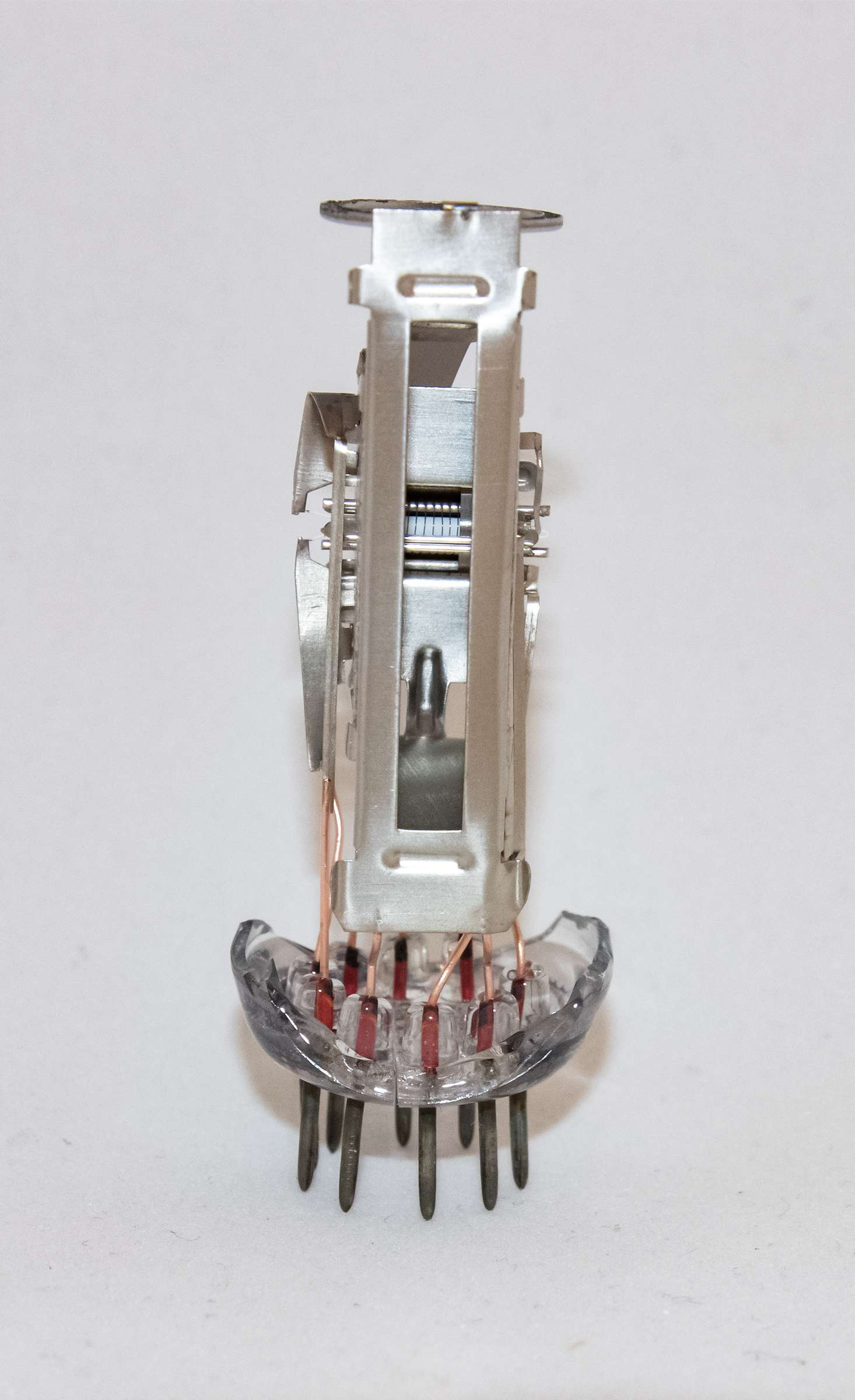 Внутреннее устройство радиолампы 6Е3П