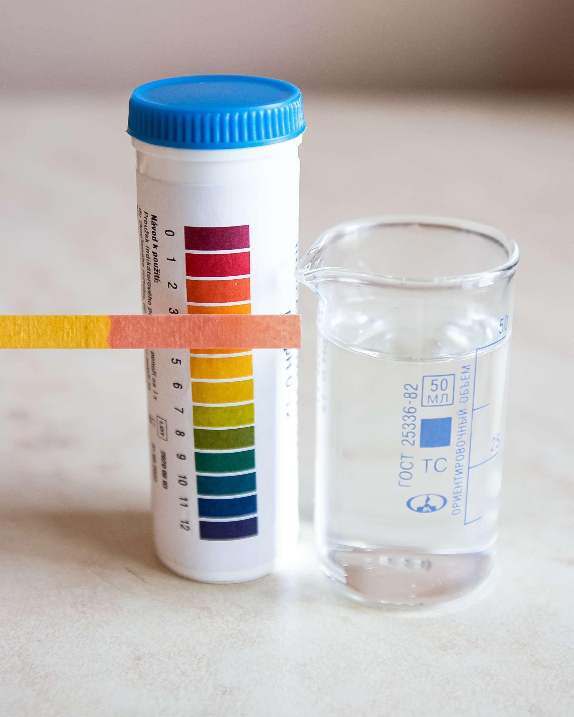 pH подогретого раствора персульфата аммония